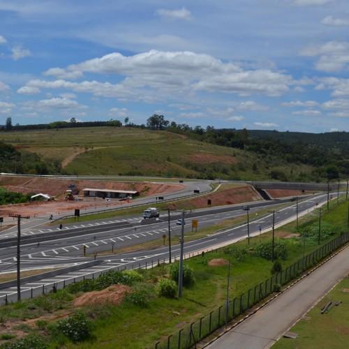 Brise 1   Rem Holding   Condomínio Empresarial em Itatiba   Galpão para locação em Itatiba  Vista externa