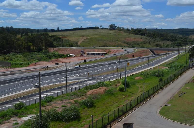 Brise 1   Rem Holding   Condomínio Empresarial em Itatiba   Galpão para locação em Itatiba  DSC 0025